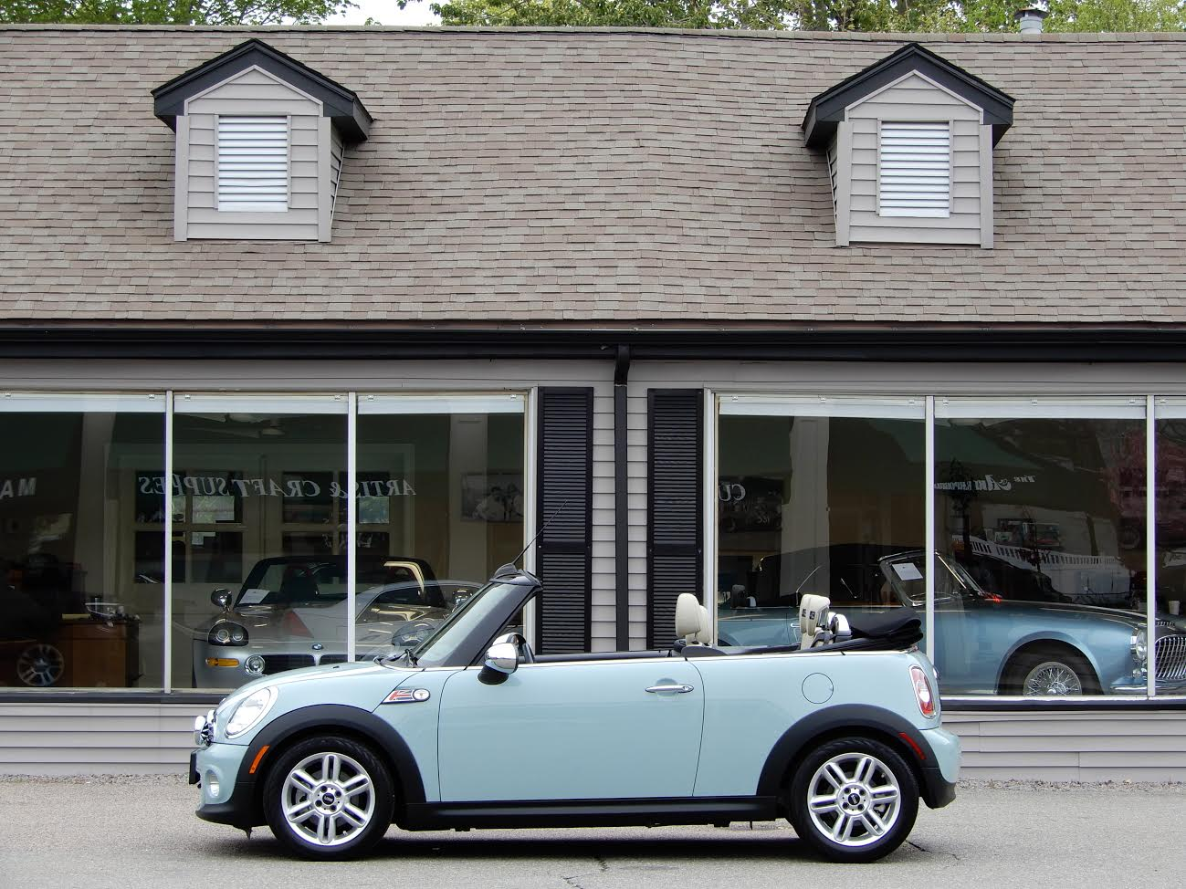 2017 Mini Cooper Convertible S N Wmwzn3c59et861259 Ice Blue With Polar Beige Gravity Leather 1 6 Litre 16 Vale 4 Cylinder Engine Automatic Transmission