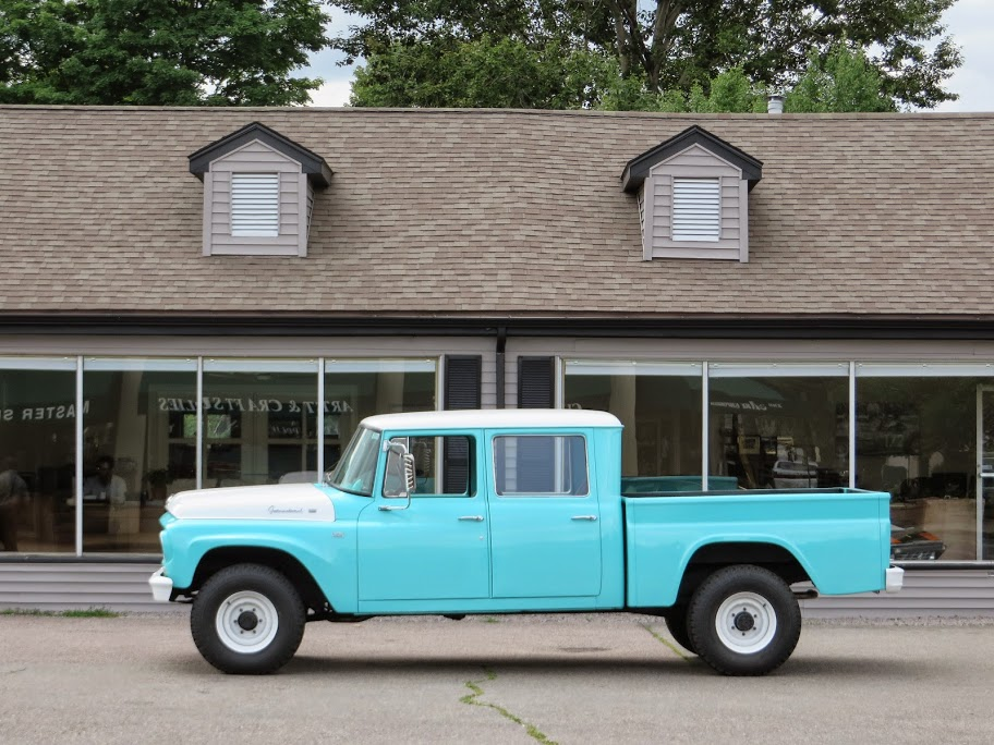 1962 International Harvester C-120 Series Travelette 4X4 ...