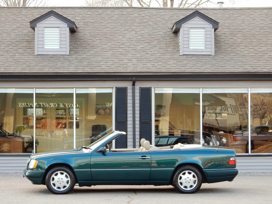 1995 mercedes benz e320 cabriolet copley motorcars for Mercedes benz arlington service center
