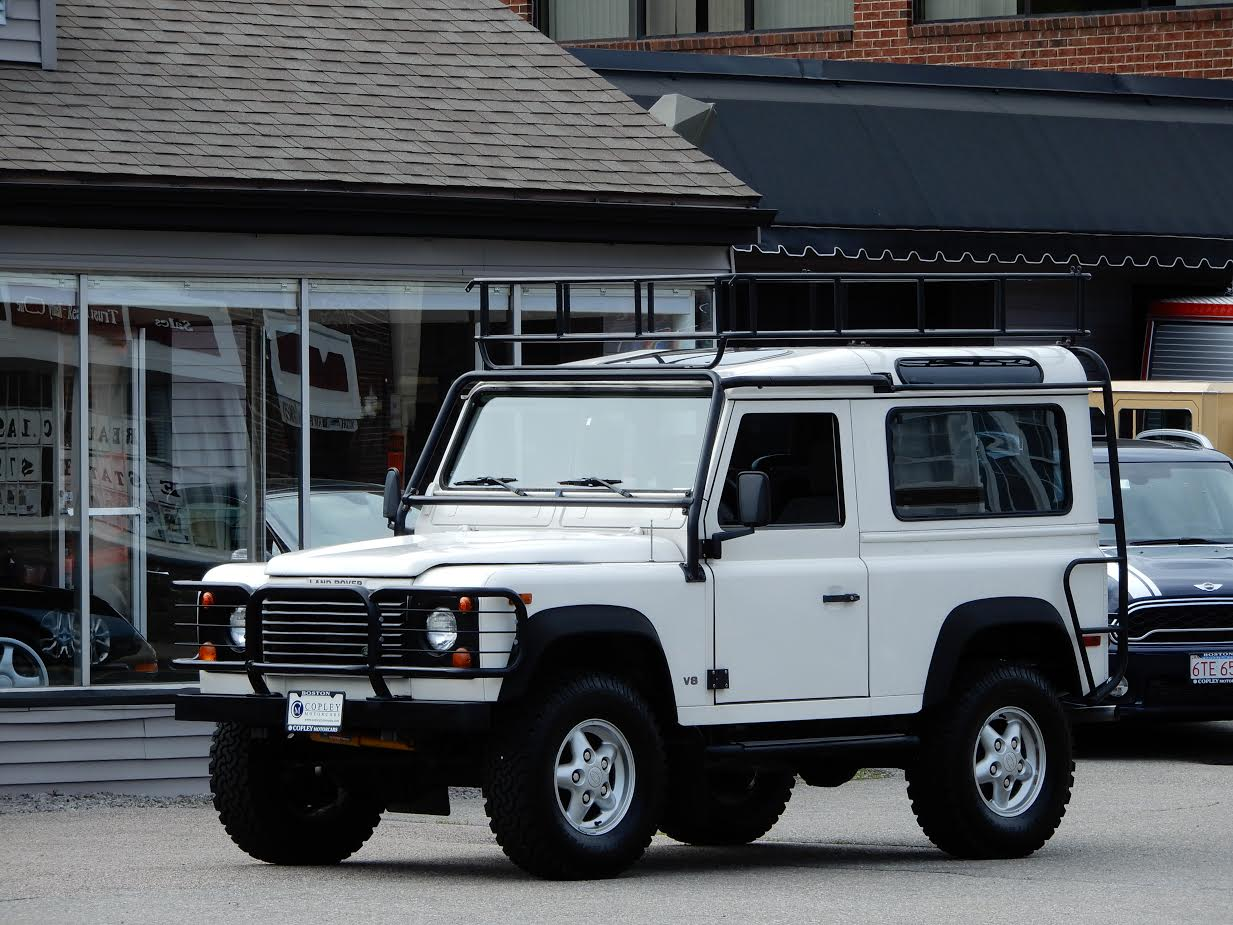 1995 land rover defender 90 station wagon 79 500 copley motorcars. Black Bedroom Furniture Sets. Home Design Ideas
