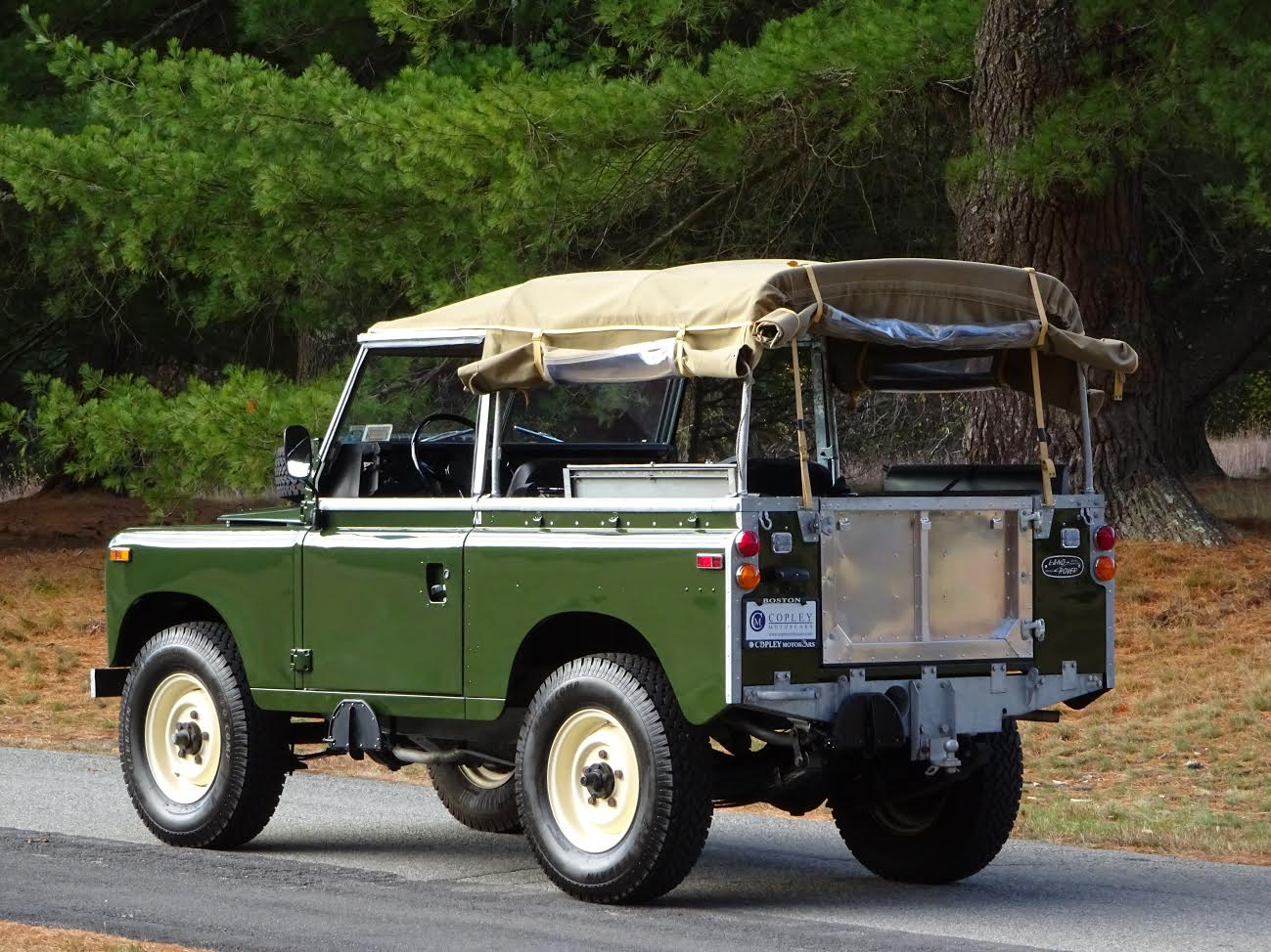 Ladder Roof Rack >> 1974 Land Rover Series III 88 | Copley Motorcars