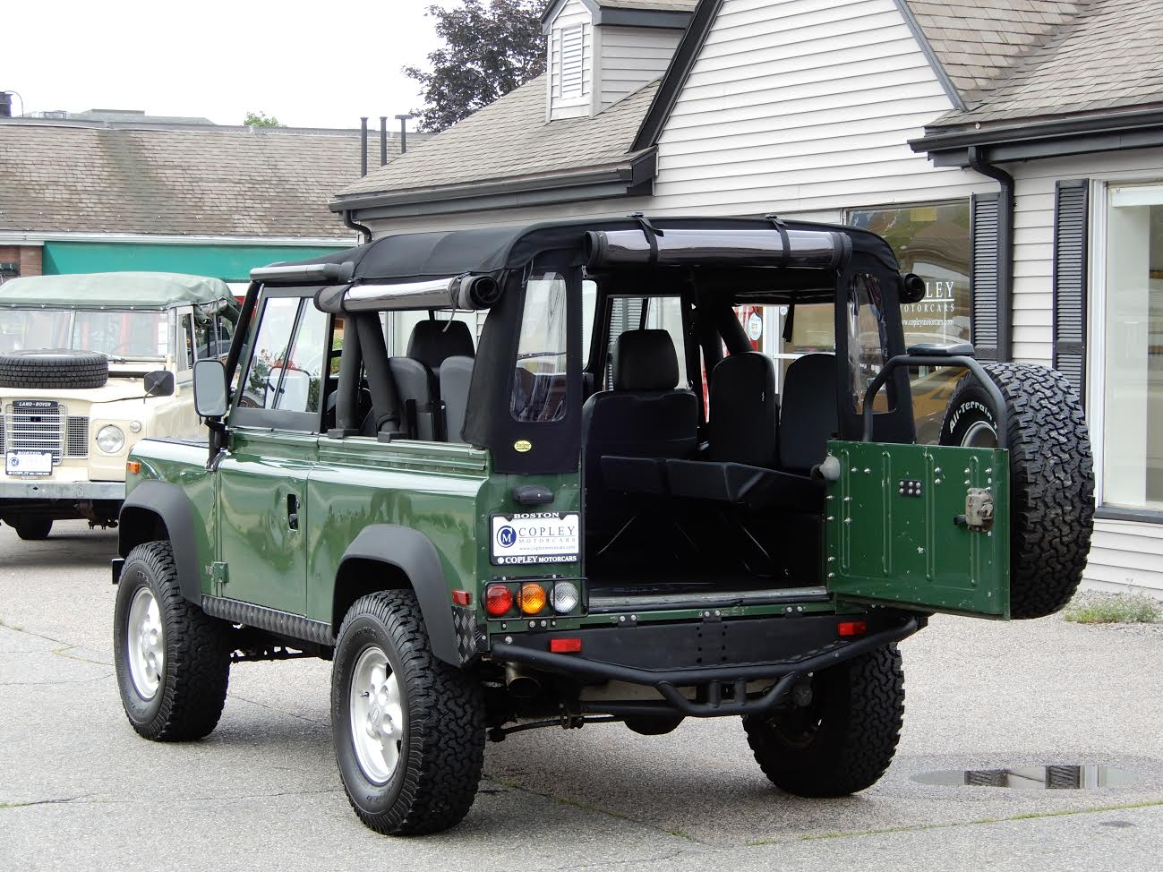 1995 land rover defender 90 soft top copley motorcars. Black Bedroom Furniture Sets. Home Design Ideas